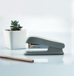 高端办公订书机